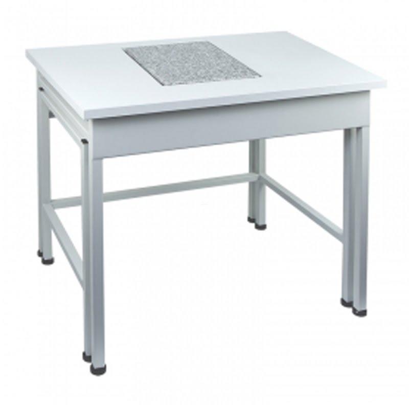 Stół antywibracyjny malowany SAL/C RADWAG